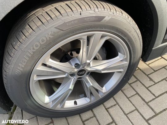 Audi Q8 3.0-20
