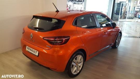 Renault Clio E-TECH-4