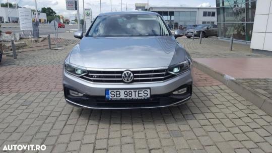 Volkswagen Passat-2